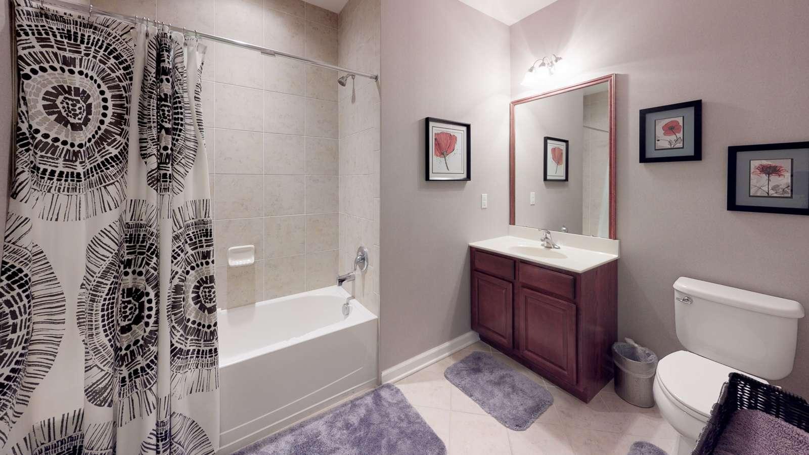 The-Villas-at-Fairways-2-Bedroom-1-Bath-Bathroom