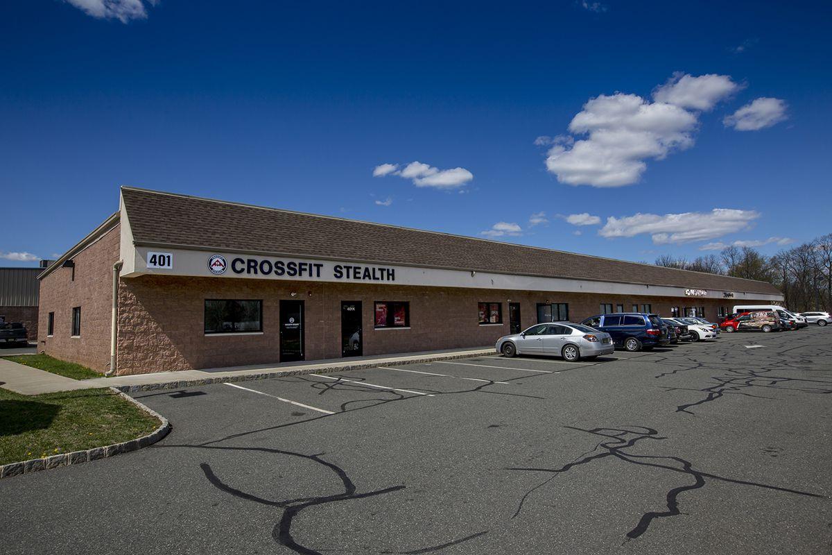 Jersey Ave Commerce Center_03_resized